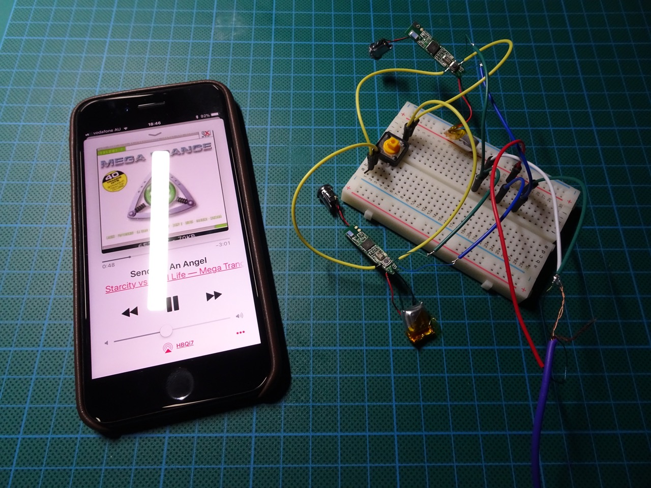 Hacking The Hbq I7 Tws Wireless Headphones To Make A Stereo Basic Circuit And Breadboard Hacks Mods Circuitry Single Switch Was Able Operate Both Of Headphone Circuits Have Them Sync This Encouraging So I Put Together Very Simple