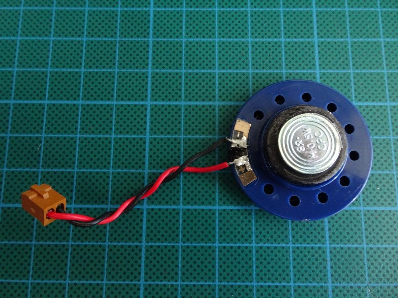 Gallery: Atari Lynx repair - Part 3 - broken speaker replacement ...