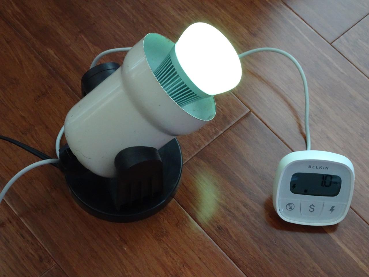 Mini review of the Sonoff B1 WiFi light bulb | Igor Kromin
